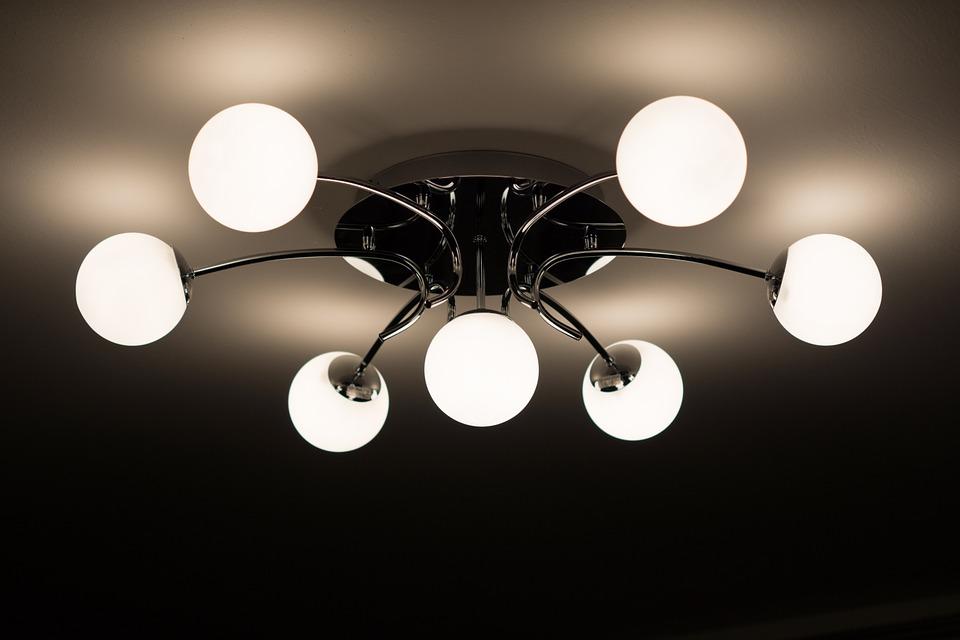 Alarga la vida de tus bombillas LED