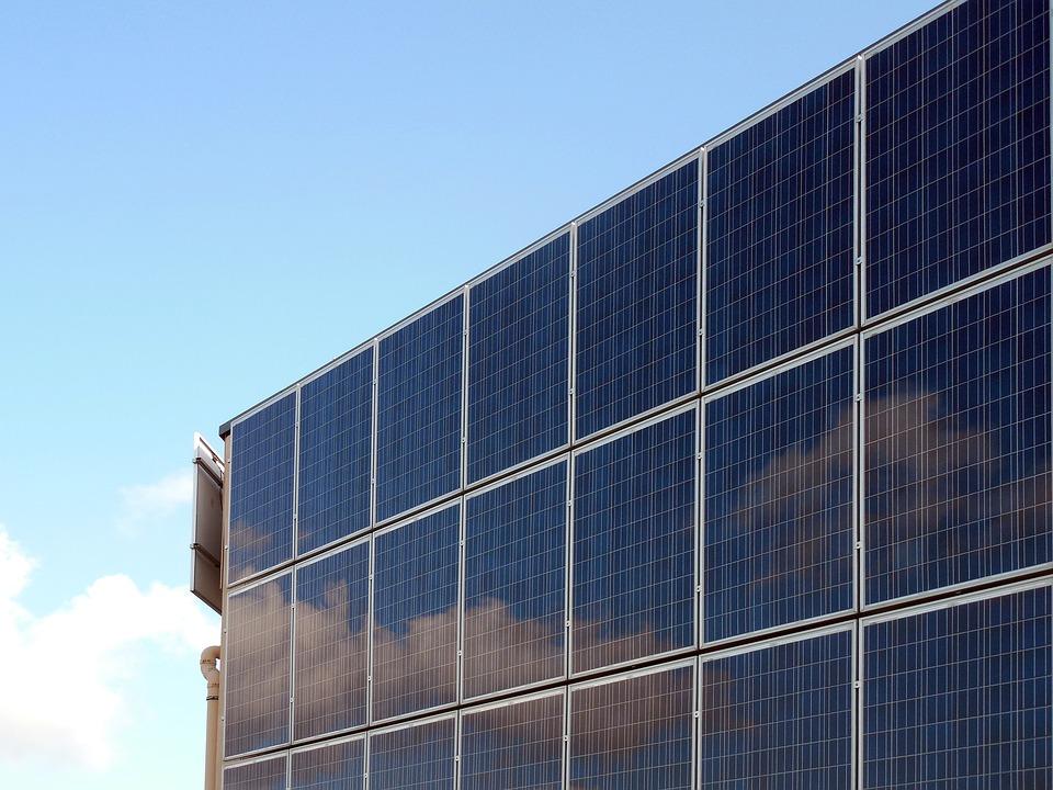 Paneles solares en Terrassa, el Vallés se moderniza
