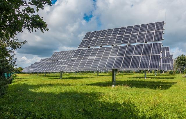 Escoge la mejor empresa para instalar placas solares en Sabadell: